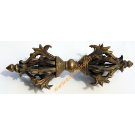 Vajra (dorje) is 16 cm long and weighs about 290 gr