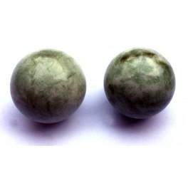 Шарики из агата около 37 мм в диаметре (пара)