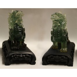 Plastic statuette of TWO DRAGONS 1