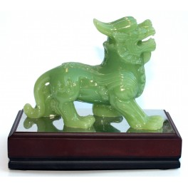 Plastic statuette of DRAGON 3 green